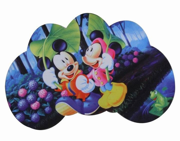 Die cutting mouse pad